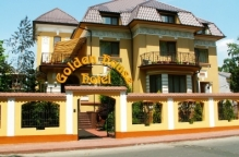 Hotel Golden House