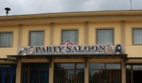 Restaurant Party Saloon
